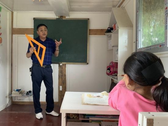 【贵州好人榜】 一个人的学校,阚南忠:一个孩子都不能少