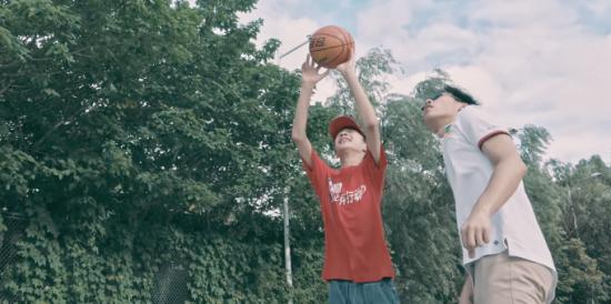 篮球,自闭孩子世界里的星光