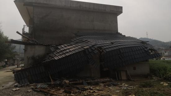 思南突降冰雹!1875户、7126人受灾,1178间房屋受损!