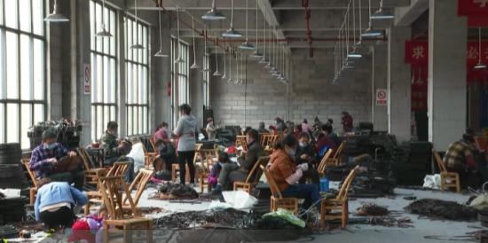 【地方新闻】碧江:多举措、多渠道促进扶贫搬迁群众就业创业