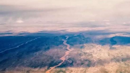 珍藏大片!轟炸機萬米航拍壯美河山
