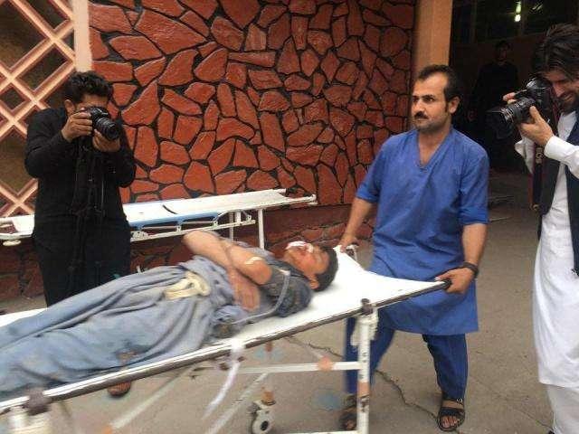 阿富汗清真寺18日发生爆炸致62人死亡 尚无组织宣布负责